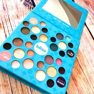 BLISS Every Which Way 28 Eyeshadow Palette